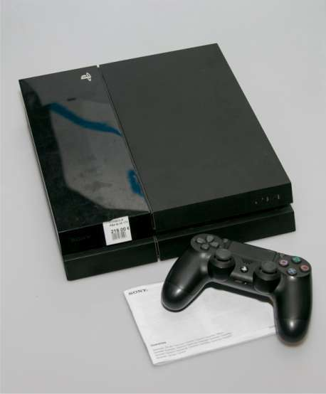 PlayStation 4 1TB con mando