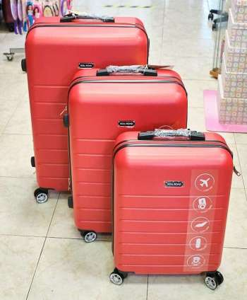 Juego de maletas en tres tamaños